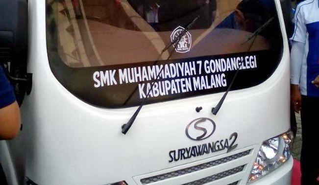 2 Mobil Tenaga Surya Buatan SMK Muhammadiyah Diuji Dari Jakarta-Malang - http://iotomotif.com/2-mobil-tenaga-surya-buatan-smk-muhammadiyah-diuji-dari-jakarta-malang/33486 #Giwangkara, #MobilBuatanSMK, #MobilTenagaSuryaBuatanSMK, #MobilTenagaSuryaBuatanSMKMuhammdiyah, #SMKMuhammdiyah7, #Suryawangsa2