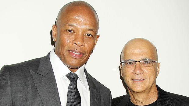 'The Defiant Ones': Jimmy Iovine Says He Is Who He Is Because Of Dr. Dre https://tmbw.news/the-defiant-ones-jimmy-iovine-says-he-is-who-he-is-because-of-dr-dre  HBO's latest documentary event 'The Defiant Ones' will give viewers a look at the careers of producer and executive Jimmy Iovine and hip-hop mogul, Dr. Dre. HollywoodLife.com spoke exclusively to Jimmy ahead of the July 9 premiere.Jimmy Iovine, 64, has one of the most successful careers in the music industry; he co-founded Interscope…