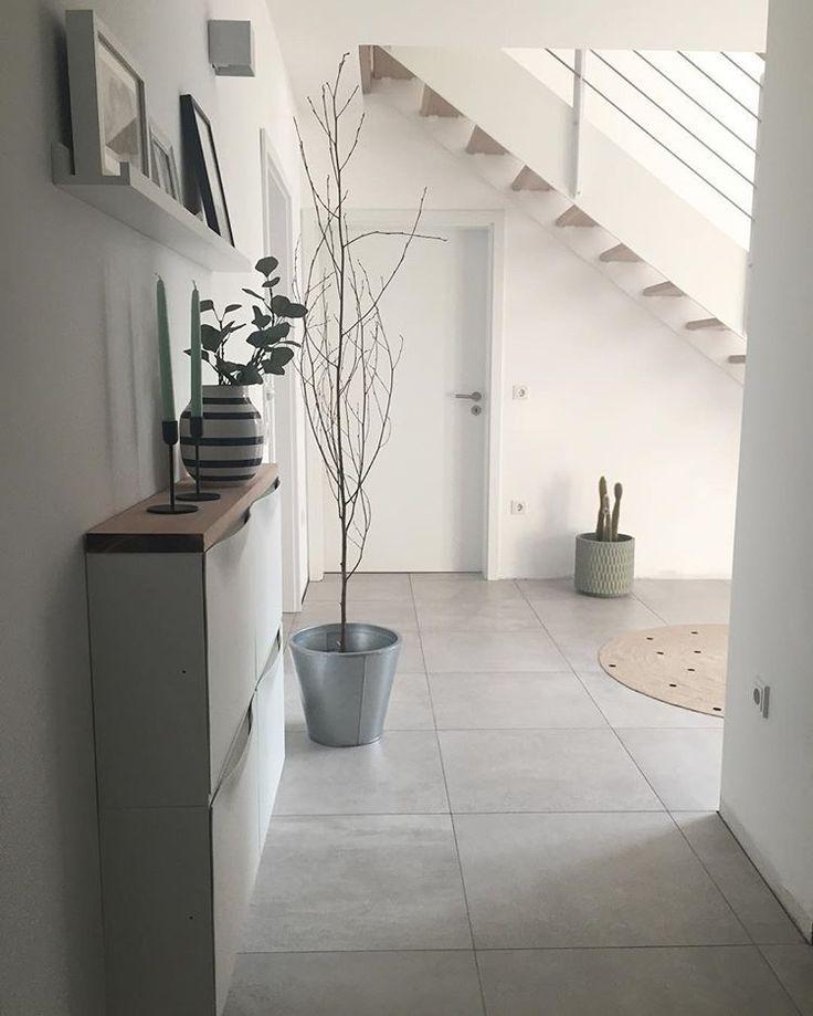 ✖️Flur✖️ #flur#treppe#fliesen#meinfliesenmax #interior #wohnen#grau#wei