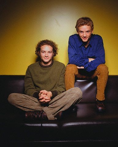 Steven Hyde (That 70s Show) and Francis (Malcom in the Middle) are brothers in real life!