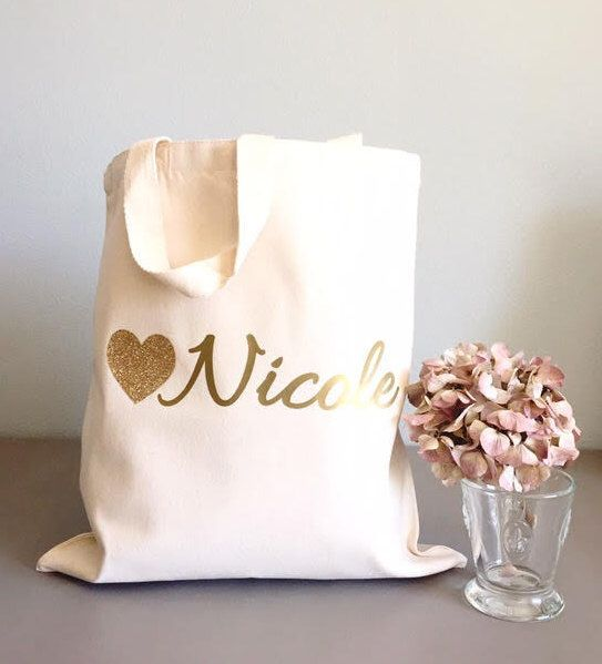 Custom tote bags- Tote bags- Glitter Heart tote bags- Bridal party tote bag- Bridesmaid thank you gift by GracefulGreetingCo on Etsy https://www.etsy.com/listing/250023504/custom-tote-bags-tote-bags-glitter-heart