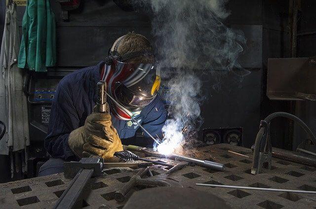 Conoce cuáles son los diferentes tipos de de soldadura que existen, procesos de tipos de soldadura que hay, eléctrica, por arco, con estaño, tig, en frío...