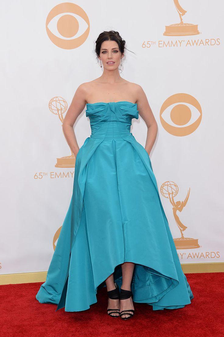 Premios Emmy 2013 Jessica Paré colección de primavera 2014 de Oscar de la Renta
