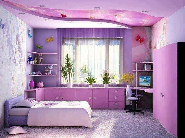 chambre ado fille couleur violette et rose avec un grand lit