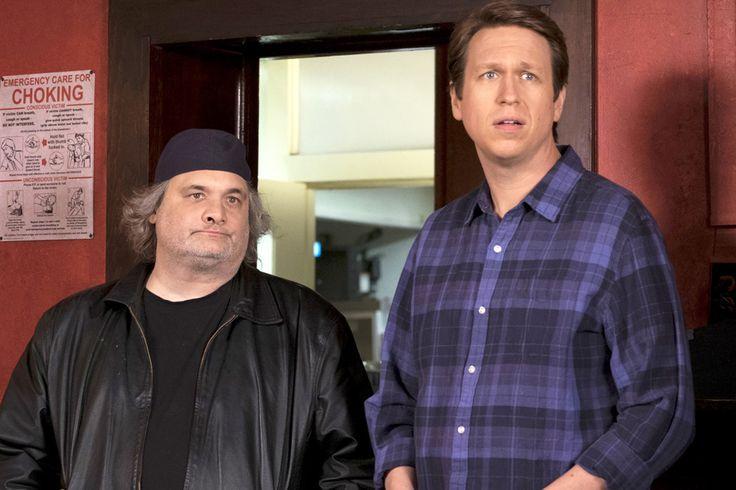 'Crashing' Star Pete Holmes Clarifies Artie Lange in Season 2