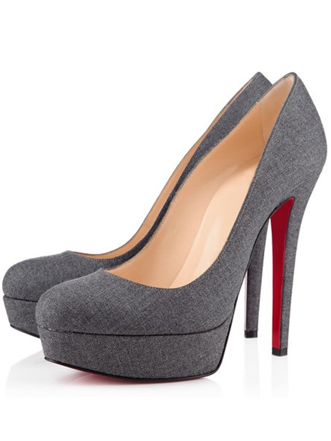 the latest 8fcd0 be726 christian louboutin red bottom shoes