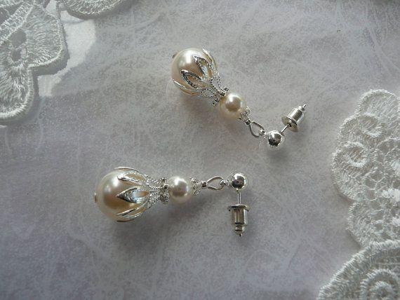 BRIDES LACE PEARL Earrings Filigree Lace Swarovski by MaChericomau