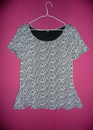 Kup mój przedmiot na #vintedpl http://www.vinted.pl/damska-odziez/bluzki-z-krotkimi-rekawami/10890446-george-xxl-xl-bluzka-z-baskinka-w-roze-kwiaty-czarno-biala-elegancka-wytlaczana-faktura-kobieca