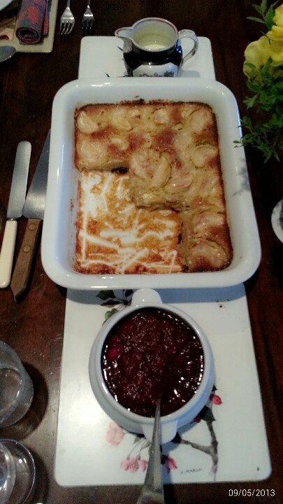 Apple pie and cranberry compote