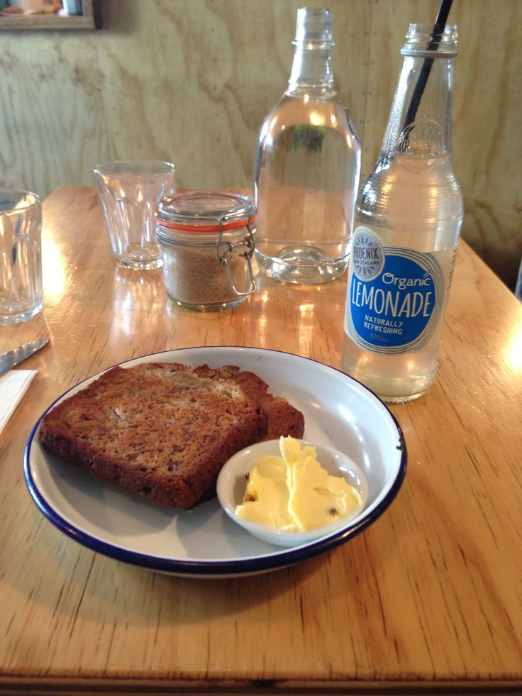 The Barons: banana bread with passionfruit butter and Phoenix organize lemonade