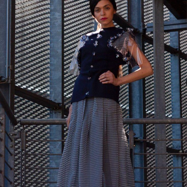 Acquista 5 articoli dal negozio Aliona Savashevich  e ti regalo l'abito blu e la giacca con fiori fatti a mano!