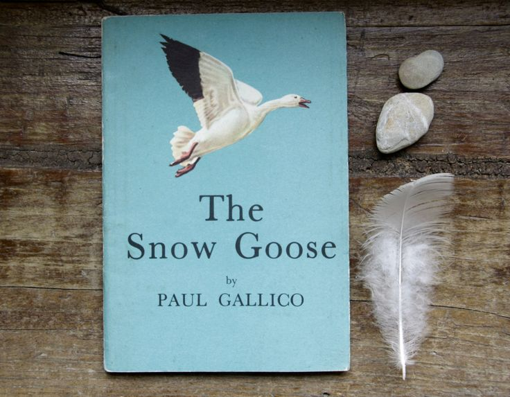 The Snow Goose paperback. Paul Gallico. Vintage nature book. Vintage Fiction by ForestHillTradingCo on Etsy