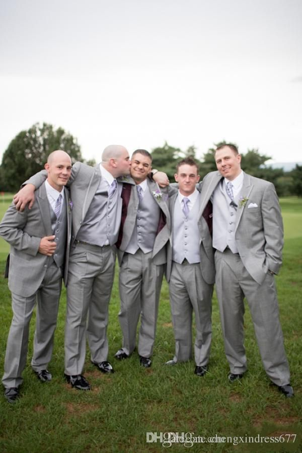 Hot Sale Gray Groom Tuxedos Wedding Suits Design for Men Three Pieces Two Buttons Plus Size Groomsmen Suit Jacket+Pants+Waistcoat