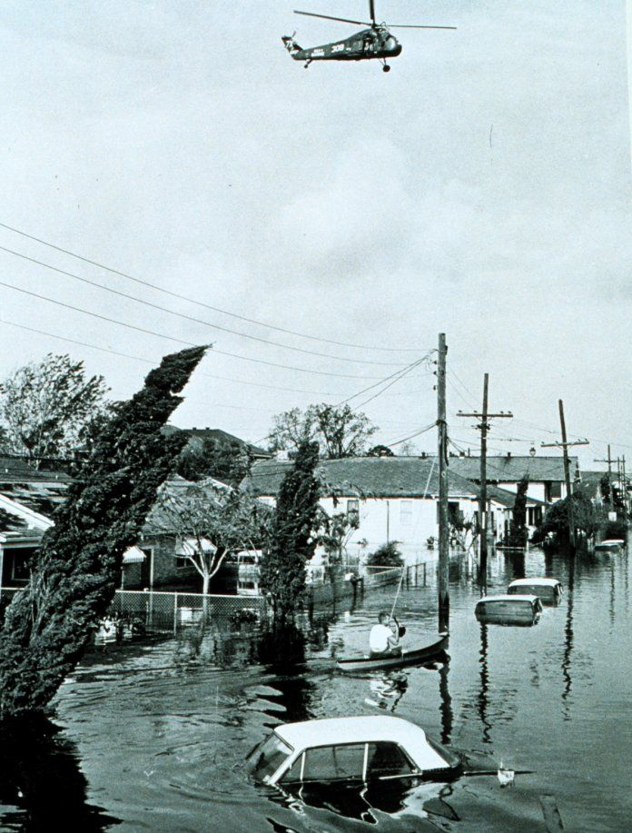 Flooding in the Lower 9th Ward of New Orleans after Hurricane Betsy 1965 [696 917]
