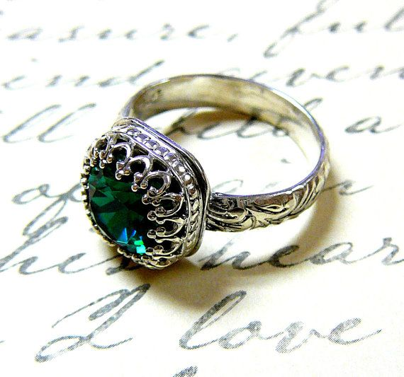 Hey, I found this really awesome Etsy listing at https://www.etsy.com/listing/88297271/vintage-sterling-silver-floral-band