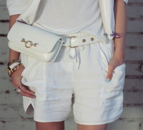 The Chriselle Factor with her Hipsters for Sisters Belt Bag #beltbag #fannypack #bumbag