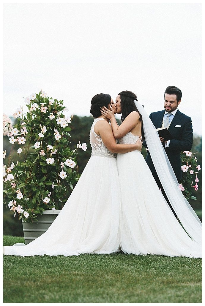 McKenzie and Samantha's Timeless and Chic Country Club Wedding
