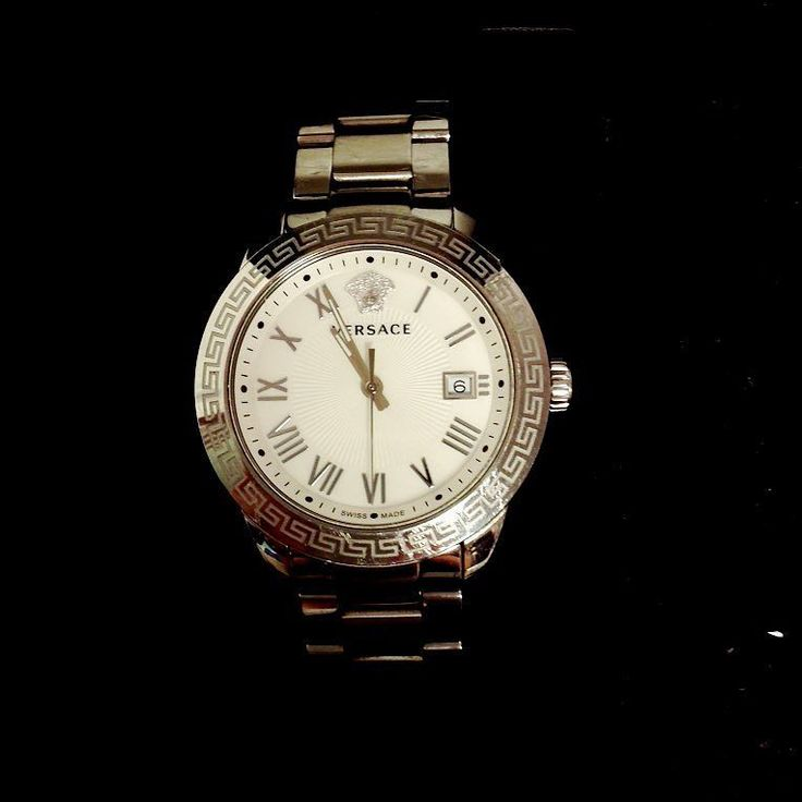 Versace watch $249.99 comes with box item #6513-13133 Alexis Suitcase Johns Creek