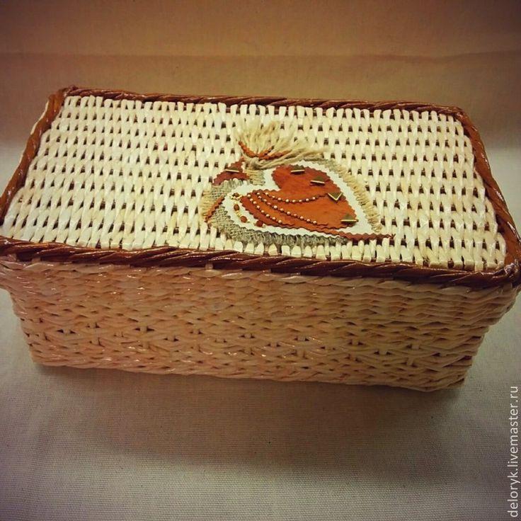 """Купить Коробка """"Подарочная"""" - жёлтый, подарок, подарочная коробка, подарочная корзина, плетение из бумаги"""