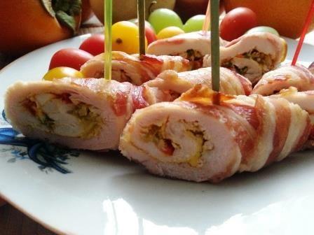 Acest preparat va avea succes si pe un platou cu aperitive festive si servit fierbinte, ca fel principal
