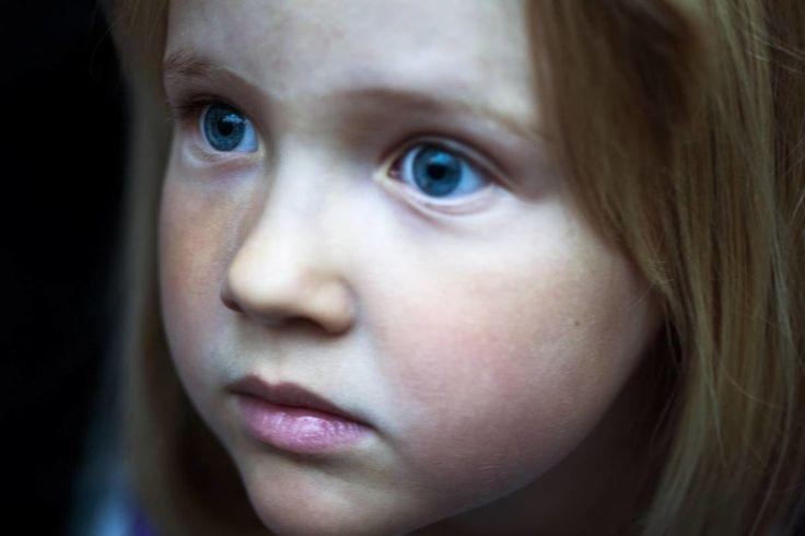 Φωτογραφίες που Απαθανατίζουν τη Σκοτεινή, Αντιφατική Φύση της Μητρότητας