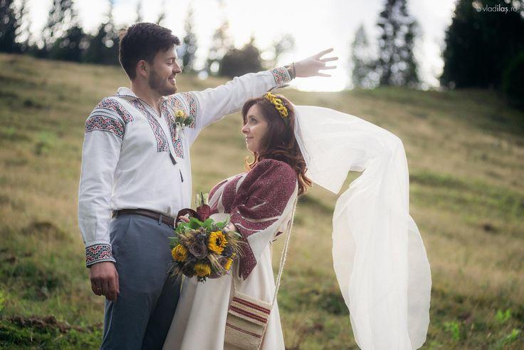 ..poveste de iubire la Pojorâta #traditionalwedding #romanianlabel