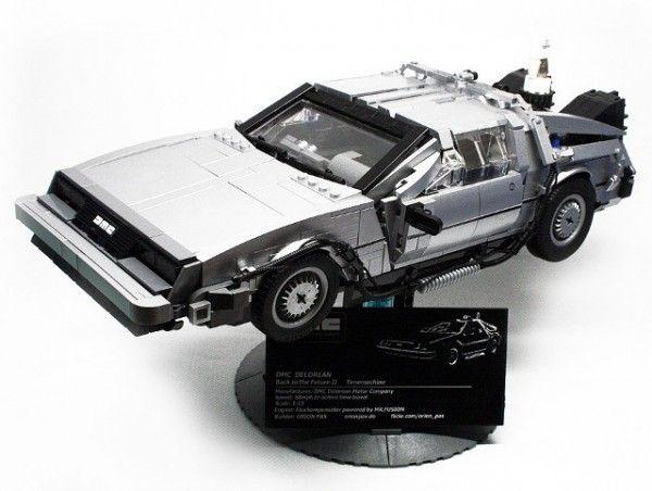 La #DeLorean en #LEGO à l'échelle 1:15