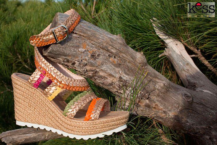 #sandaliastrenzadas Kess Shoes en la #MICAM
