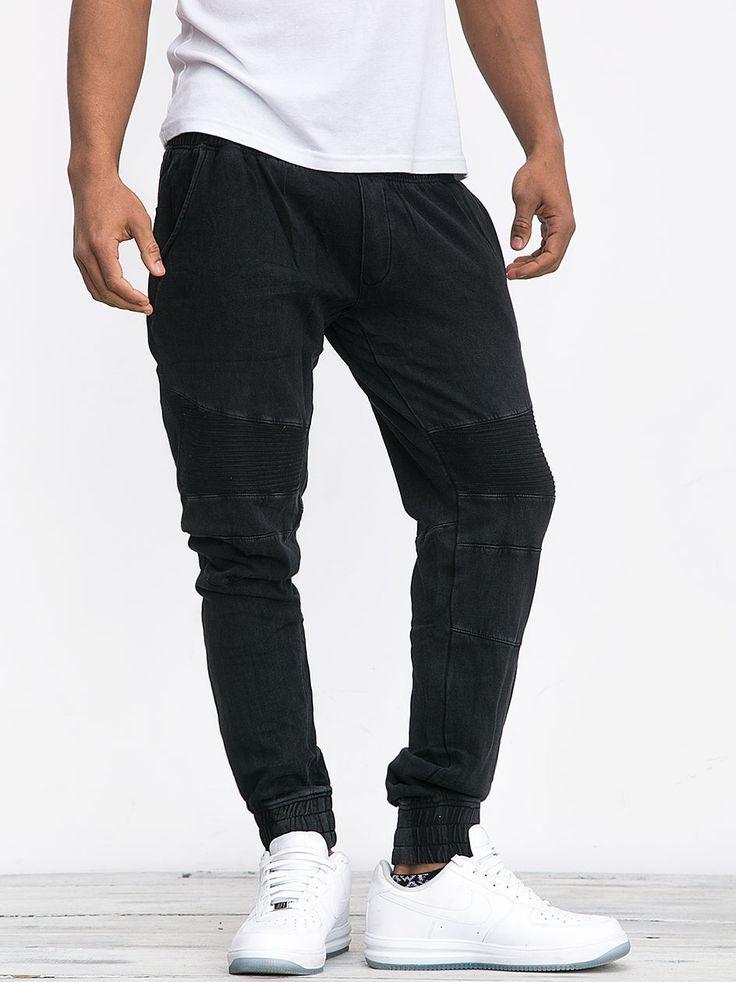 https://www.urbancity.pl/spodnie-urban-classics-fitted-acid-washed-biker-sweatpants-black-tb1134-on-5-k-67970-p