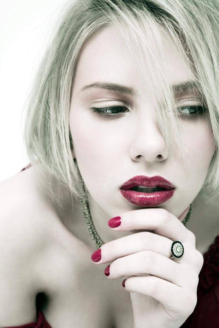 Hot, Hotter, Hottest Scarlett Johansson