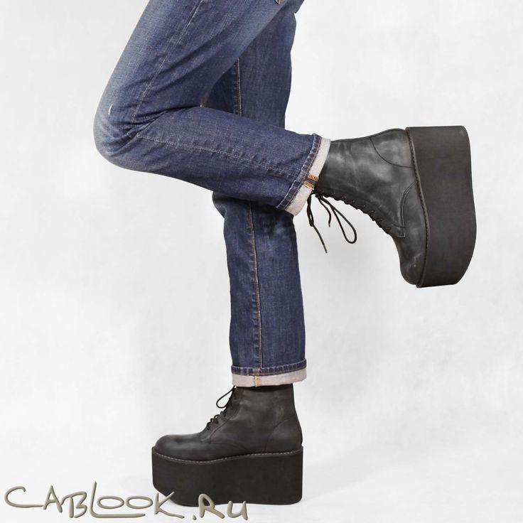 Ботинки на платформе женские Jeffrey Campbell RIOT-ltd в магазине дизайнерской обуви CabLOOK.ru
