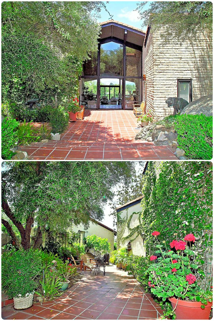 This unique 3 bedroom home inside the gates of the Pauma Valley Country Club offers fabulous views of Pauma Valley, golf course and the Palomar Mountain. http://www.teamaguilar.com/san-diego-ca-homes/32423-womsi-rd-pauma-valley-ca-92061-2000146345/