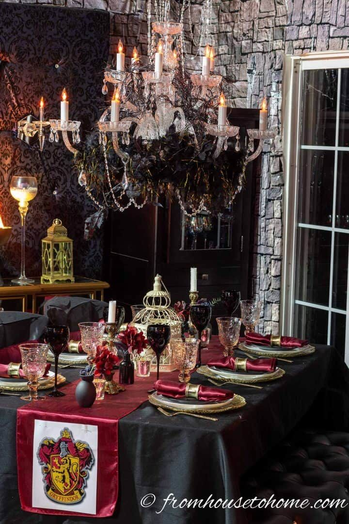 Elegant Black Red And Gold Halloween Table Setting Halloween