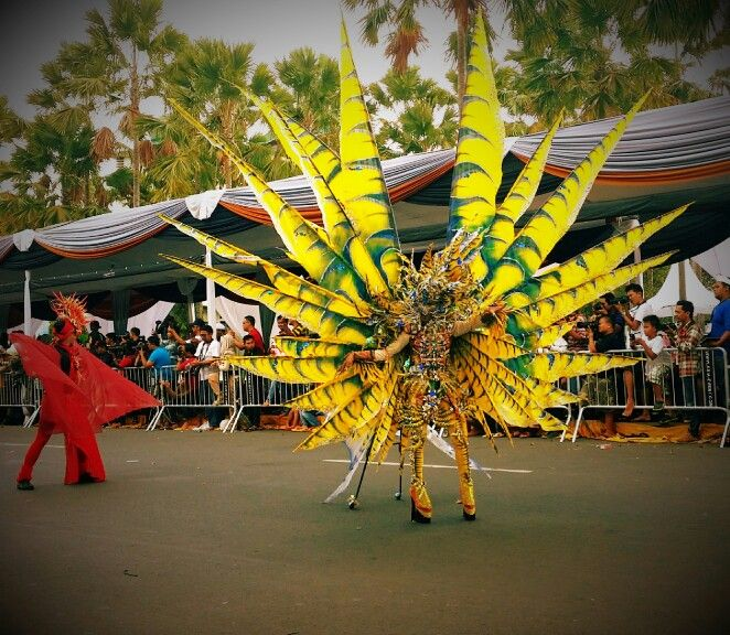 Jember Fashion Carnaval 2015...lion fish costume