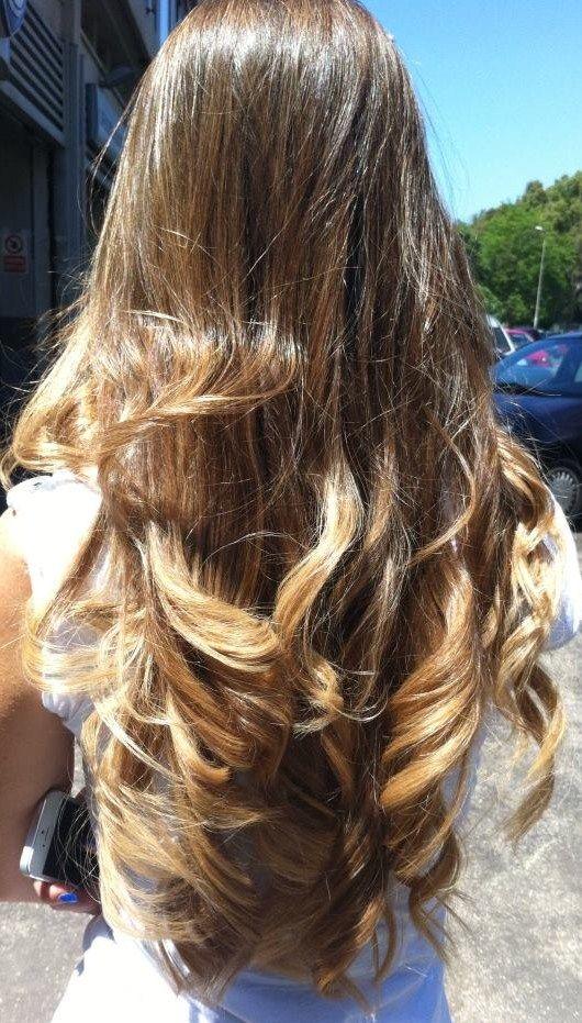 Spotted...in salone!!!! Voglia di quell'effetto schiaritura del sole e del mare? Degradé Joelle!!!! Prova le nuaces delicate e raffinate del Degradé Joelle  #cdj #degradejoelle #capellibiondi #capellisani