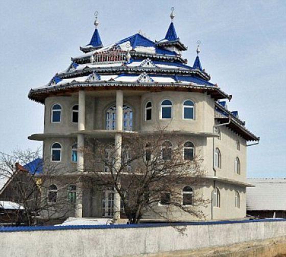 Houses of Romanian Gypsies ~