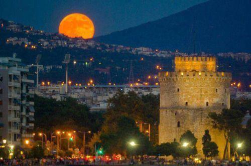 Shy fullmoon ~ Thessaloniki, Greece