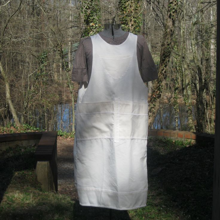 Artist apron - Crafter apron - Chef apron  - natural light weight canvas - Large pockets - pinafore - farm apron - industrial apron by PrimaRelton on Etsy