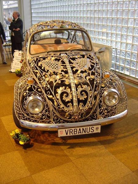 Impressionnante ! Dans un style plus conventionnel, nous vous proposons des VW Beetle d'occasion à petits prix sur Auto-selection.com http://www.auto-selection.com/volkswagen-beetle/occasion-voiture.html