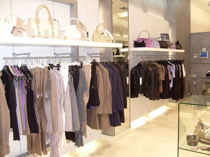 #arredamento #negozi #ferrara www.poderiarreda.it