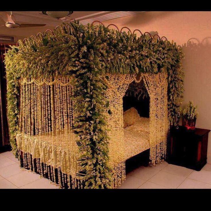Decorating Your Bedroom For Romance Dream Bedrooms Beautiful Bedroom Decor Bridal Room Decor Wedding Night Room Decorations