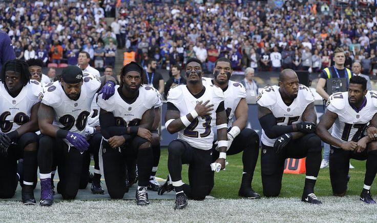 Muchos jugadores de la liga de fútbol americano han estado protestando contra la violencia policial que sufren los afroamericanos y Trump fue igual de diplomático que siempre para dialogar al respecto.