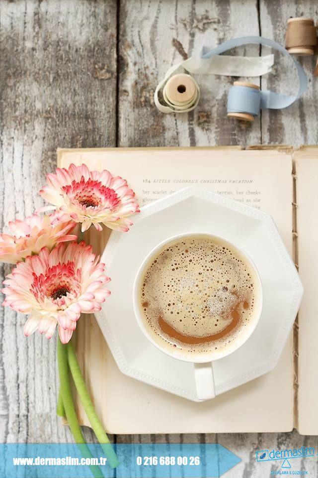 Tatil dönüşü SENDROMSUZ PAZARTESİ için güne ve haftaya güzel bir kahve ile başlamaya ne dersiniz !  #günaydın #pazartesi #sendrom
