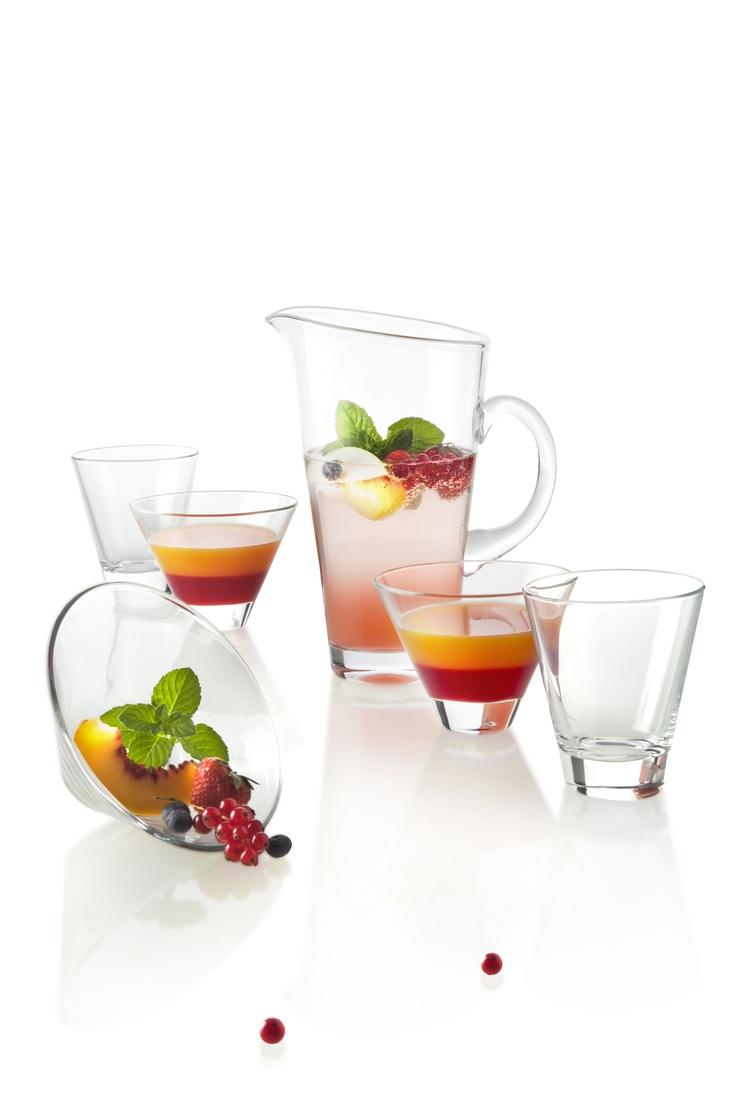 A wellness moment... Fruit is the best friend of a good health.  #glass #drink #fruit