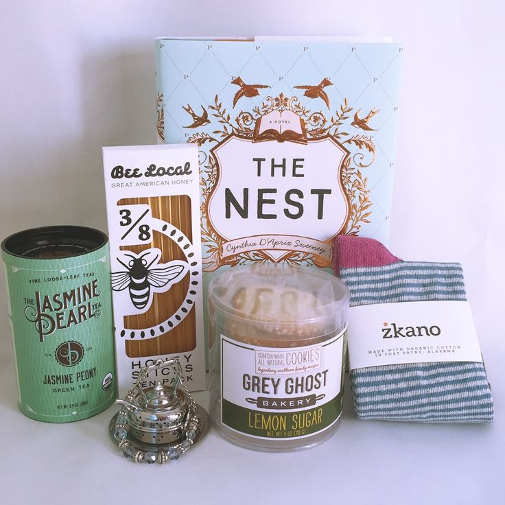 Save $5.00 off your first month! with COZYTIME Cozy Reader Club 4-6 items in every box Including a recently released hardcover novel, Local and Artisan Coffee, Tea or Hot Chocolate, Beautiful Handmade Items and Delicious Gourmet Handcrafted Treats