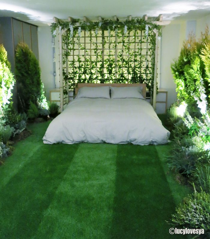 Outside in House collaboration with AirBnB and Pantone. Love the grass floor and plants. Sensory overload!