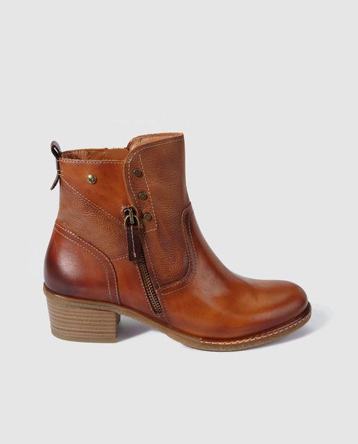 ad44a39e2bd Botines de mujer Pikolinos de piel en color marrón en 2019 | botines |  Botines de mujeres, Botines de caña corta y Zapatos botines