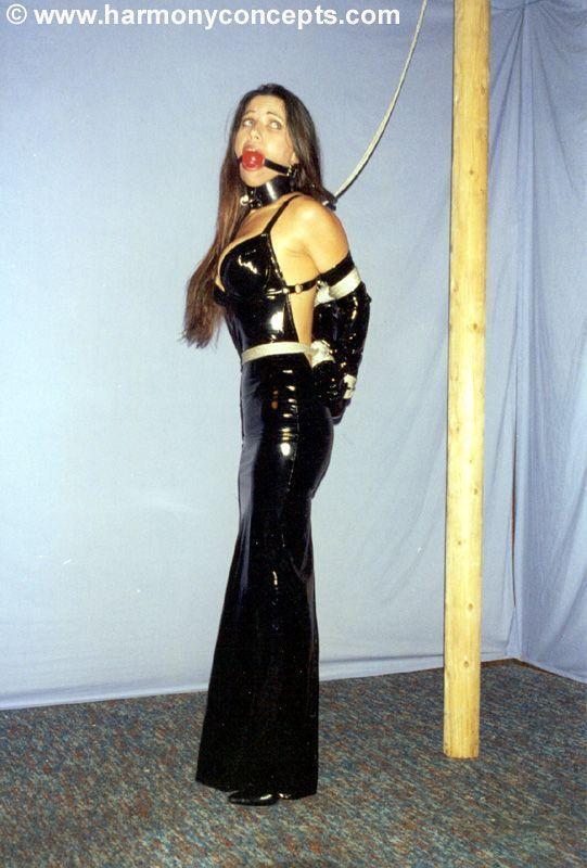 Elastic Deviantart Woman