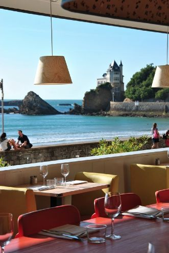 Le Surfing à Biarritz One of our favourite restaurants here, fantastic location