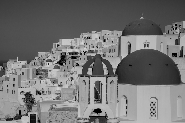 VISIT GREECE|  Santorini Church in Black and White, cyclades, #Greece